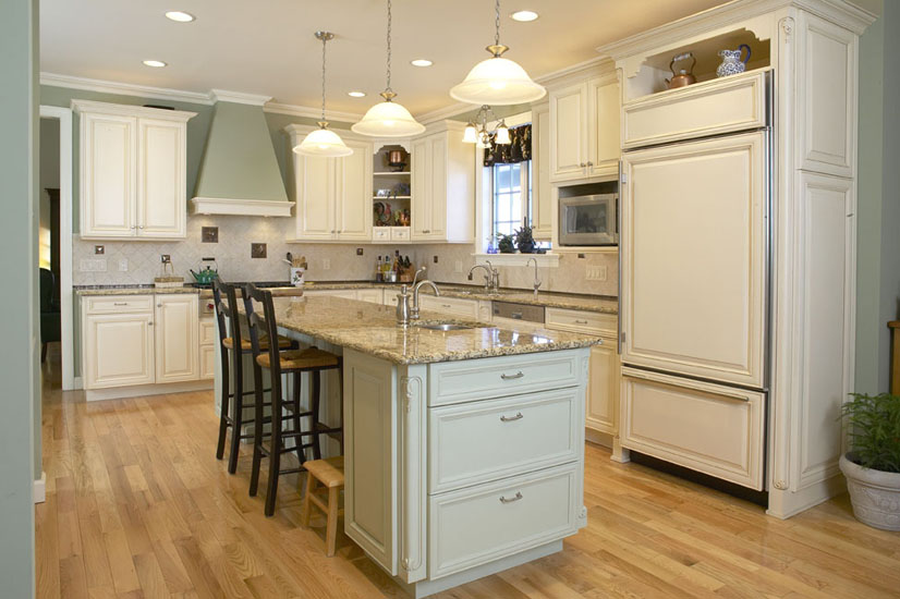 Spotlight On Local Professionals Patty Filas Of Revisions Remodeling Deelite Design